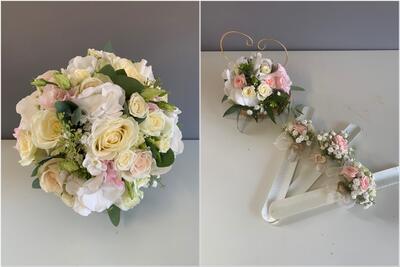 Brautstrauß, Ringkissen und Armbänder